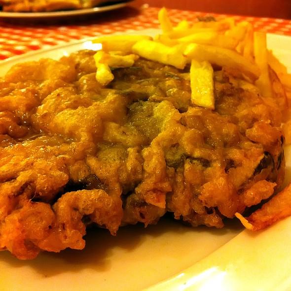 Wiener Schnitzel @ Hermanos Ordas