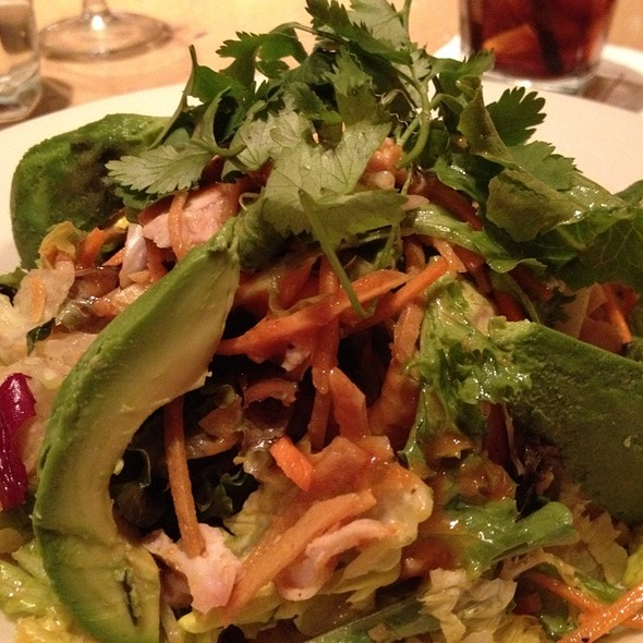 Grilled Chicken and Avocado Salad @ Grand Lux Cafe