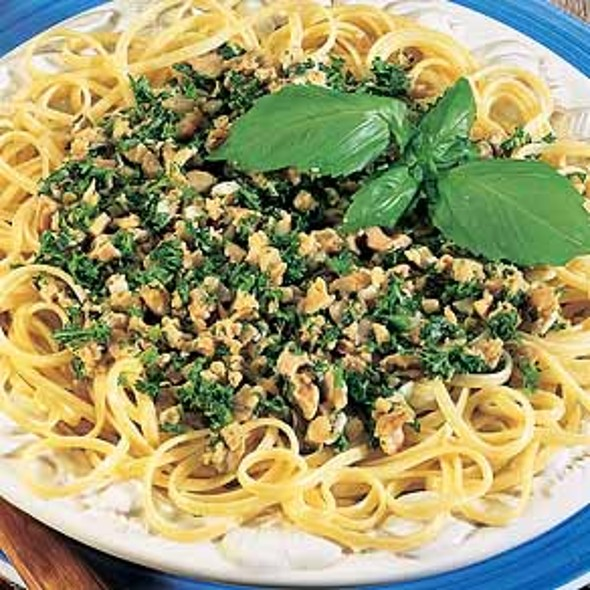 Linguine alle Vongole @ Angelina's Pizza