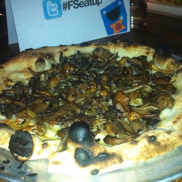 Mixed Mushroom Pizza - Gjelina, Venice, CA