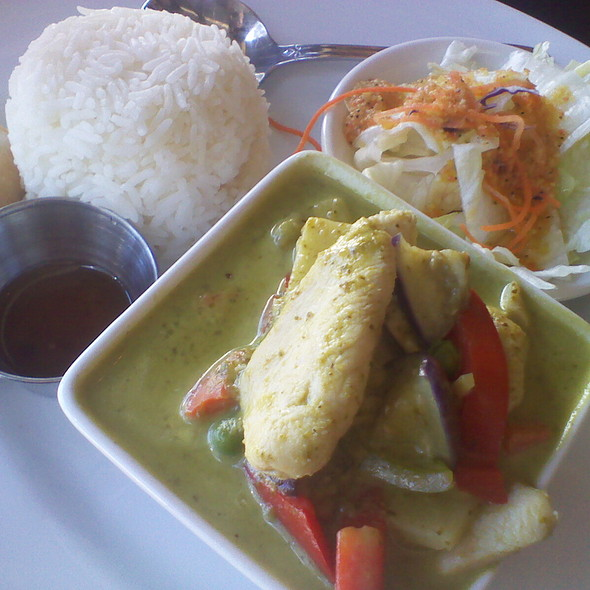 Green Curry with Chicken - Lotus Thai - Downtown, San Diego, CA