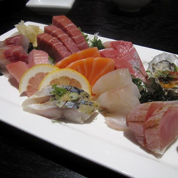 Sashimi Deluxe @ Sushi Yasaka