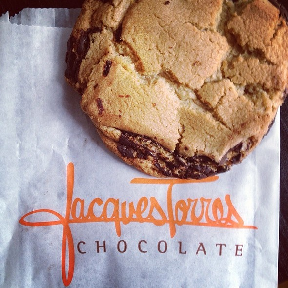 chocolate chip cookie @ Jacques Torres Chocolate
