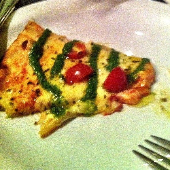 Pizza Basilico @ Pizzaria Basilico