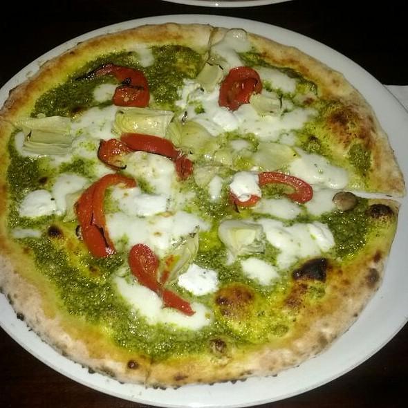 Pizza Verde @ cornuto