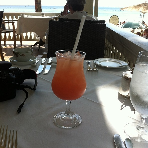 guava Juice - Beachhouse - Moana Surfrider, Honolulu, HI