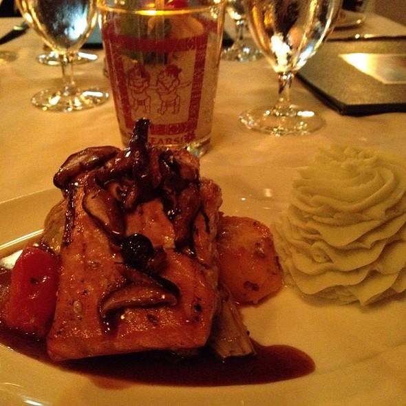 Seared Fresh Atlantic Salmon - Trader Vic's, Atlanta, GA