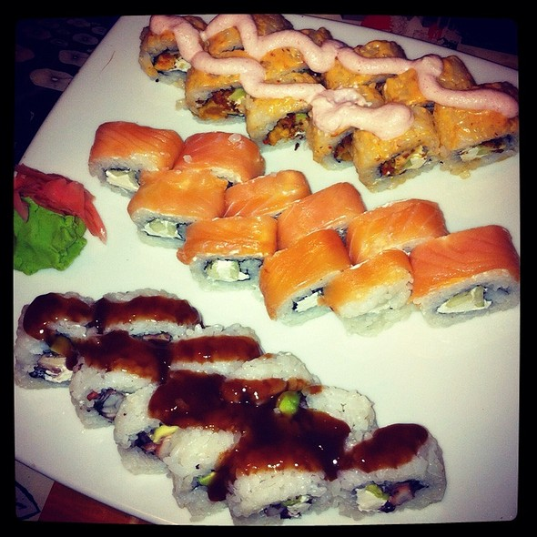 Johnny Roll, Paitilla Roll And Bomba Roll @ Sushi Express