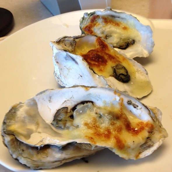 Oysters Rockefeller @ Vikings Luxury Buffet