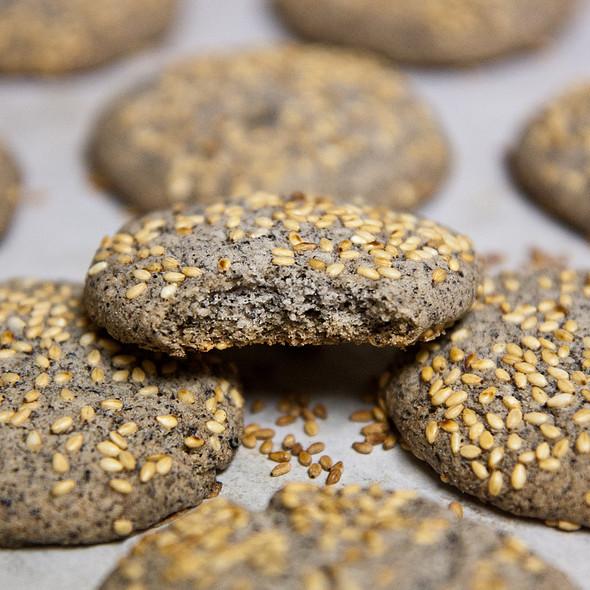 Black Sesame Shortbread Cookie @ Home