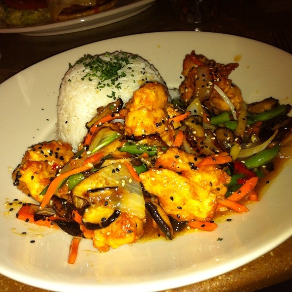 Southwest Asian Carmal Chicken  @ Cheesecake Factory