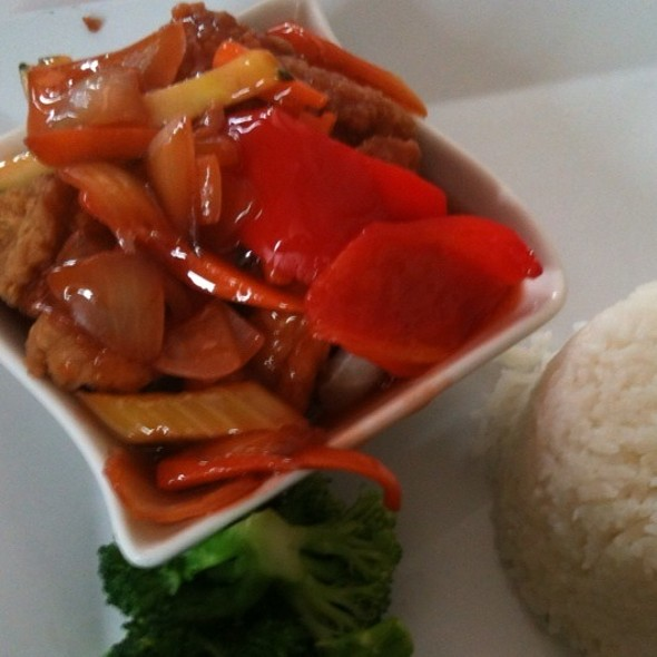 Fast Lunch: Sweet & Sour Fish @ Kalesa