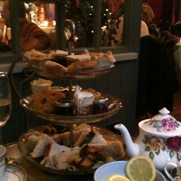 High Tea @ Richmond Tea Rooms