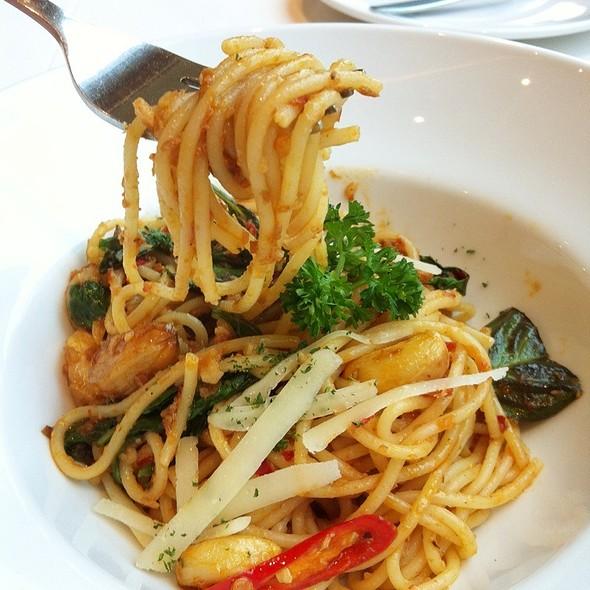 Spicy Anchovy Spaghetti @ Spaghetti Factory