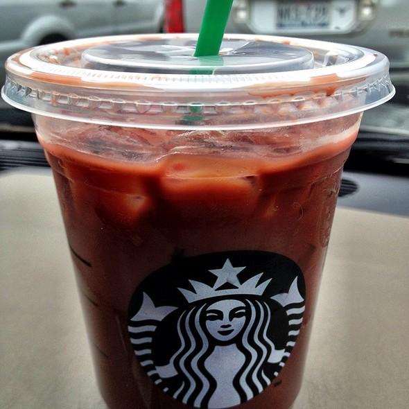 Iced Skinny Raspberry Mocha @ Starbucks