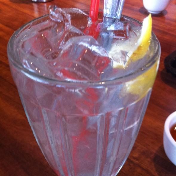 Fresh Lemonade @ Pho Hoang Springvale