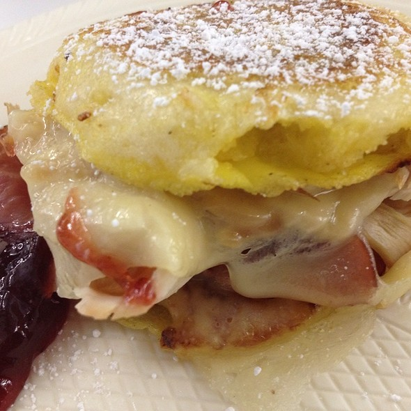Monte Cristo French Toast Style English Muffin Sandwiches