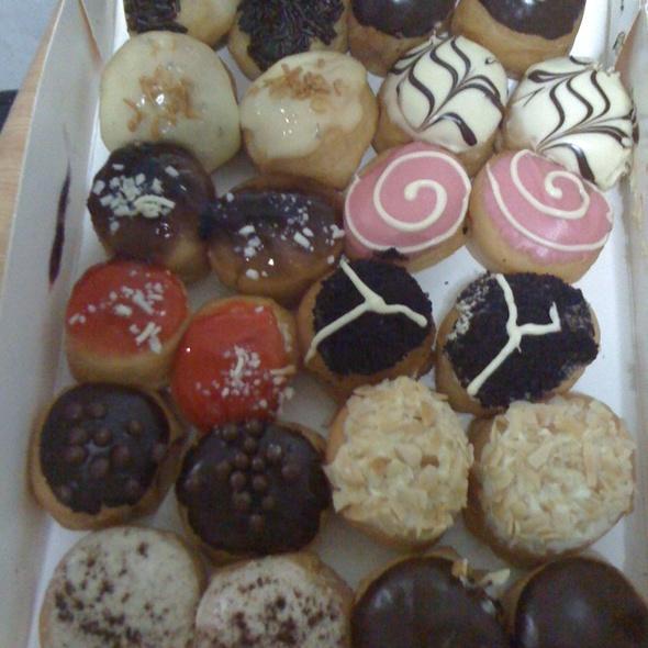 JCo Donuts @ Tampines 1