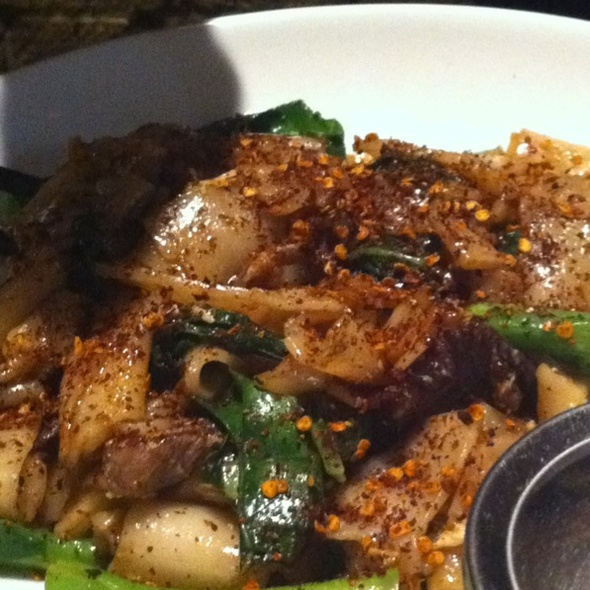 Beef Pad Siew @ Chat Thai