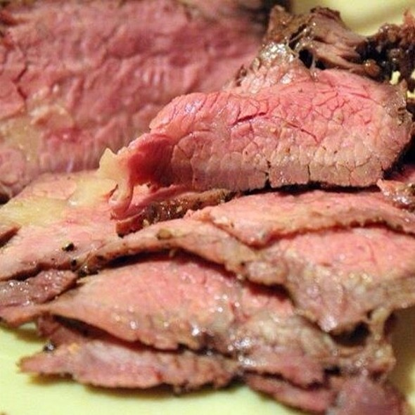 Hickory Smoked Tri-Tip @ Beagle's Bbq Catering