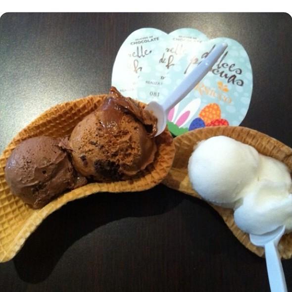 Helado De Dulce De Leche Con Brownies @ Persicco Martinez