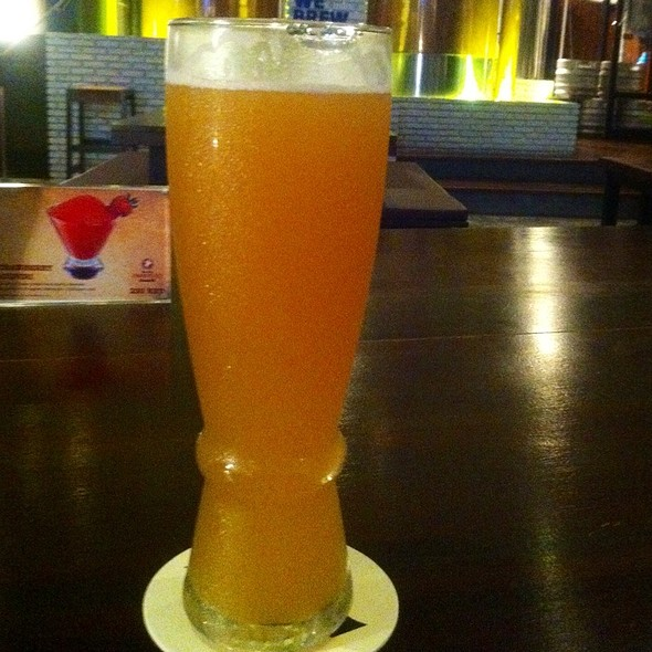 Oriental Wheat Micro Brew Beer @ Full Moon Brew Work