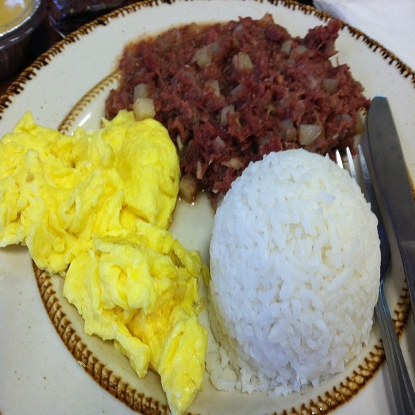 Conred Beef Plate @ Ninong's Pastries and Cafe
