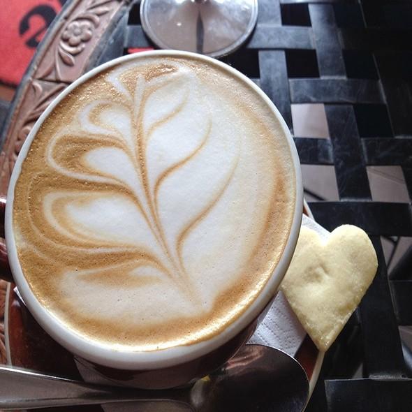 Trim Late @ Lazy Lizard Cafe