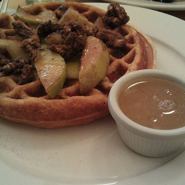 Vanilla Buttermilk Waffle @ Clinton Street Baking Co
