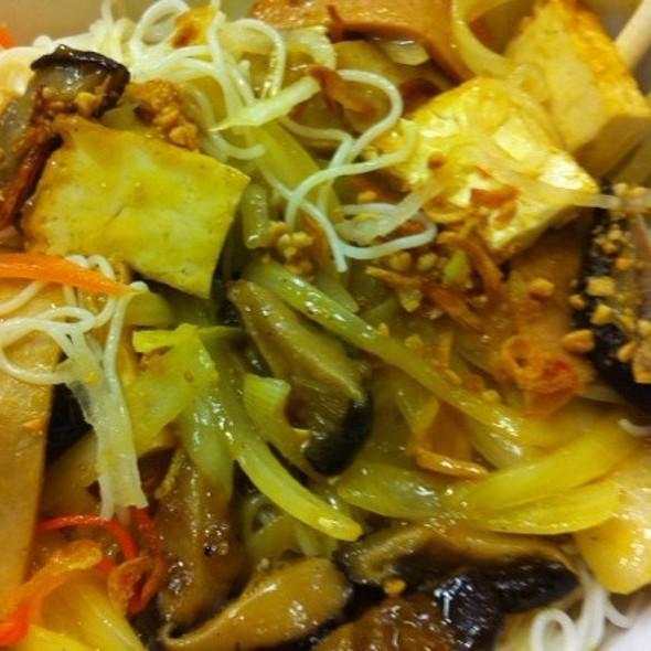 Vermicelli Tofu & Veggie @ Pho 777