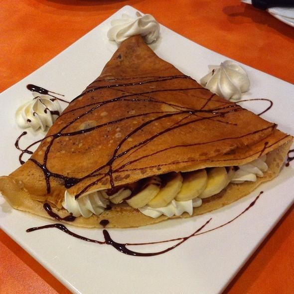 Banana Chocolate Crepe @ Snowflake