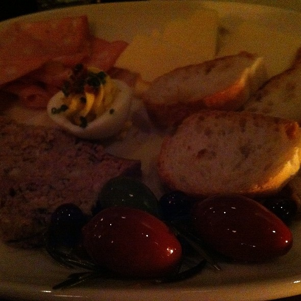 Ploughman's platter @ The Rumpus Room