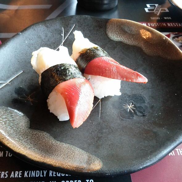 Nigiri Sushi @ Pin Gusto Firenze Srl