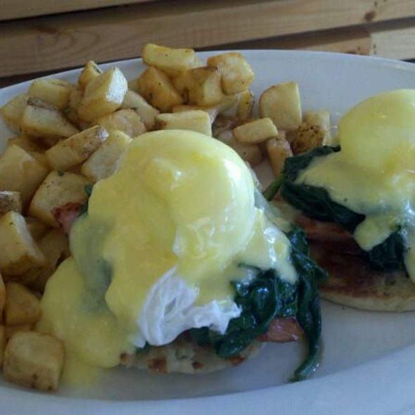 Oddfellows Benedict @ Oddfellows