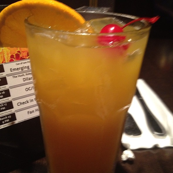 mango tango @ hard rock cafe hollywood