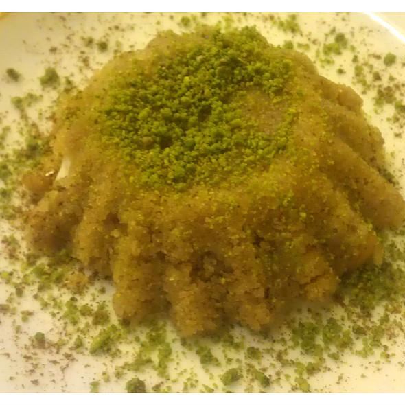 Dondurmali Irmik Helvasi @ Piraye Restaurant