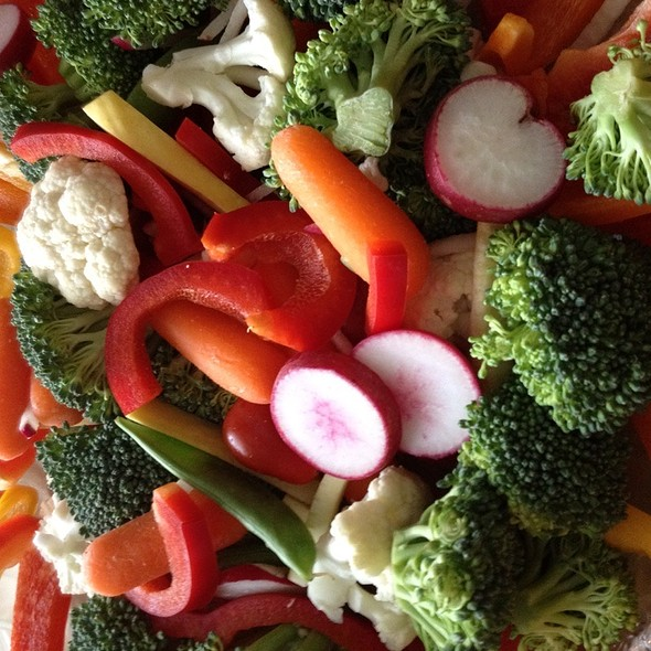 Nonnies Birthday Veggie Platter @ Mudder's World