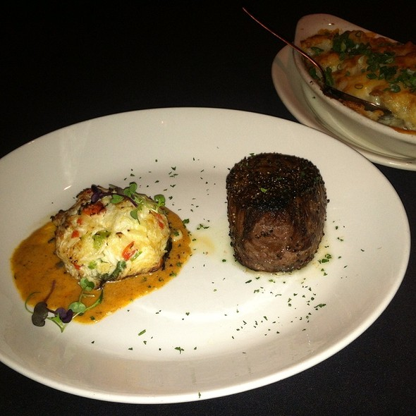 Filet Mignon And Crab Cake - Sullivan's Steakhouse - Baton Rouge, Baton Rouge, LA