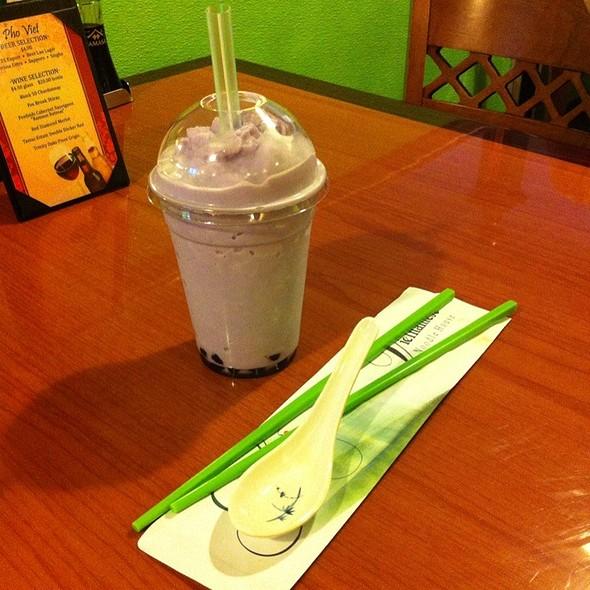 Taro Bubble Tea @ Pho Viet
