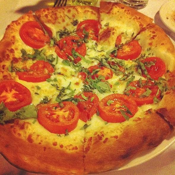 Pizza Margherita @ Trattoria Pina