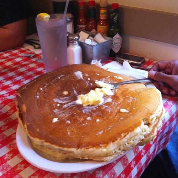 pancakes @ Guasti Cafe