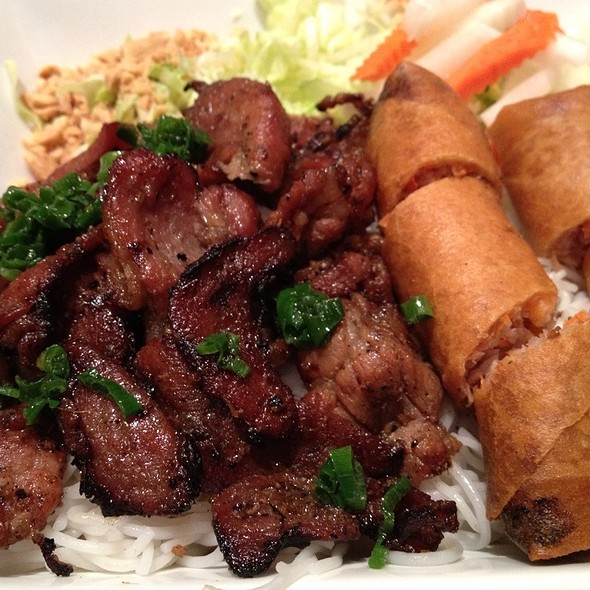 Grilled Pork And Egg Roll Rice Noodle @ Pho Wagon