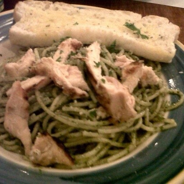 Pesto With  Grilled Chicken @ The Old Spaghetti House