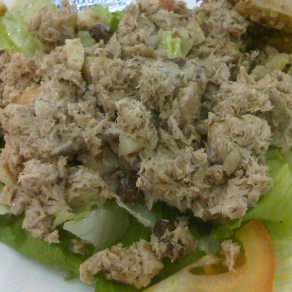 Tuna Salad @ Le Passione Cafe