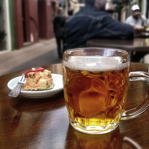 Beer and tapa @ Txoko Bar