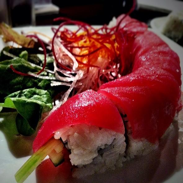 Wasabi japanese restaurant and sushi bar menu greensboro for Aloha asian cuisine sushi