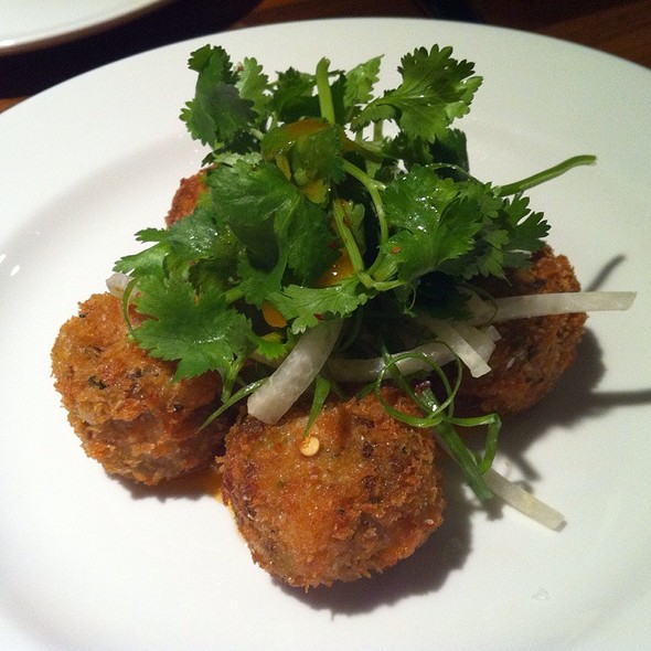 Crab Cakes - Mildred's Temple Kitchen, Toronto, ON