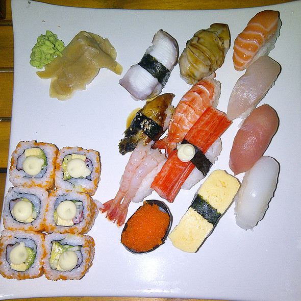 Sushi Combo B @ MOF Japanese Cafe - Crescent Mall