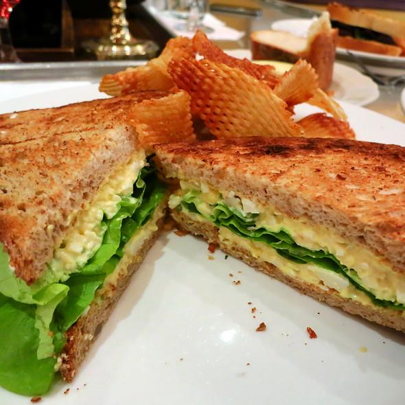 Le Sandwich d'Oeuf Haché @ Bistrot Zinc