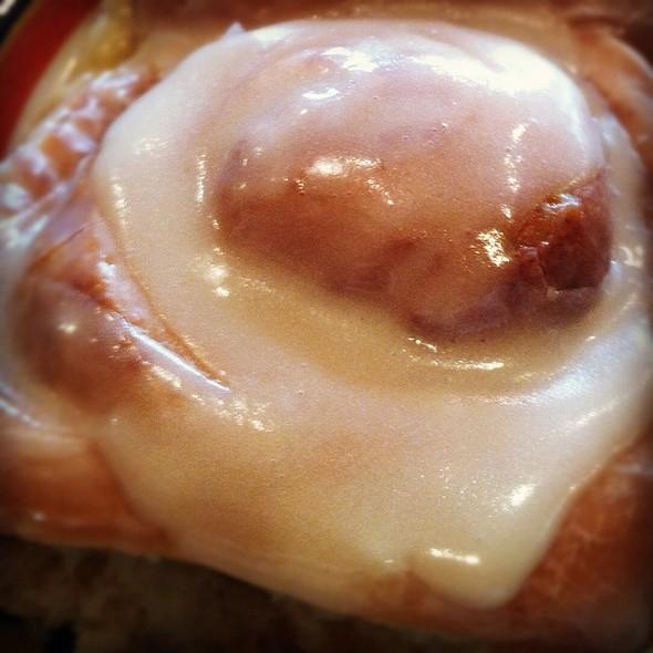Cinnamon Rolls @ Ann Sather's Restaurant